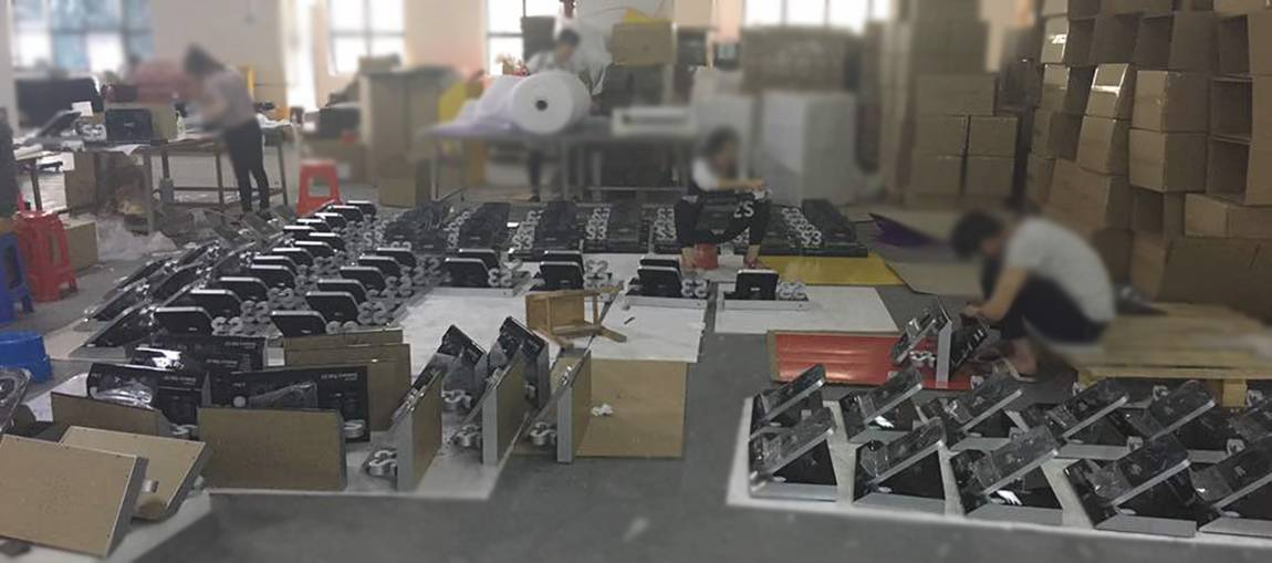 Samsung Point Of Purchase Display Solutions Production Workshop