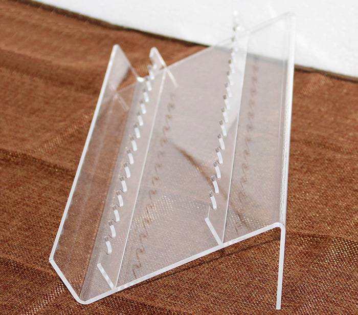 Clear L-Shaped Acrylic Pen Stand for 8 Pens XH59-8