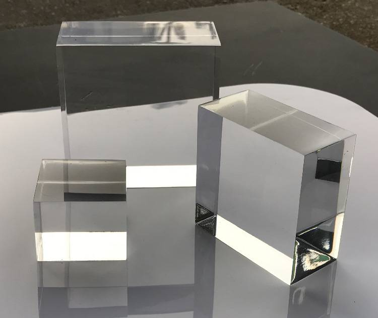 Portable Acrylic Riser Stand Solid Acrylic Riser Block XH0146-1