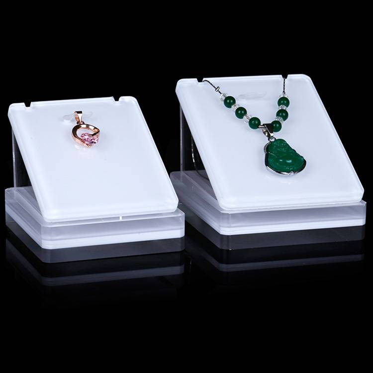 Retail Jewelry Necklaces Stand Holder and Organizer for Necklaces
