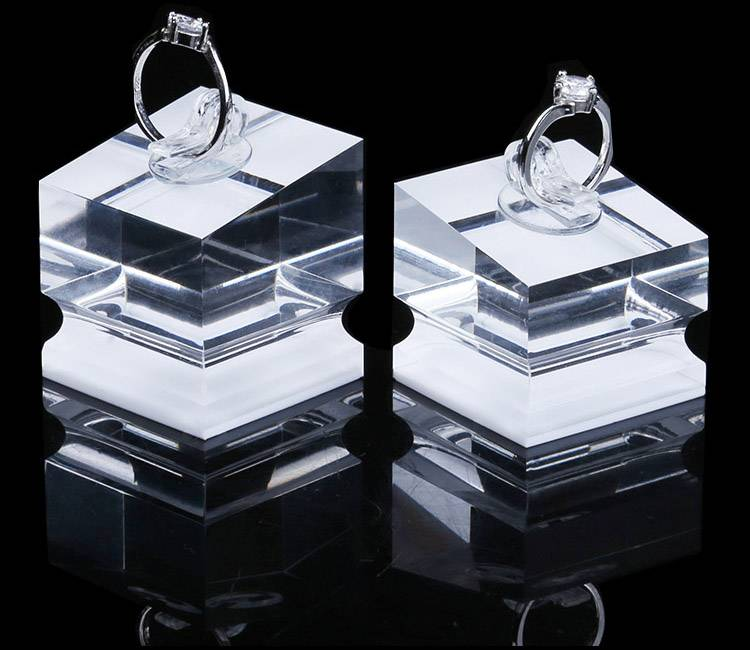 Ring Display Modern Acrylic Ring Holder Display Stand-3