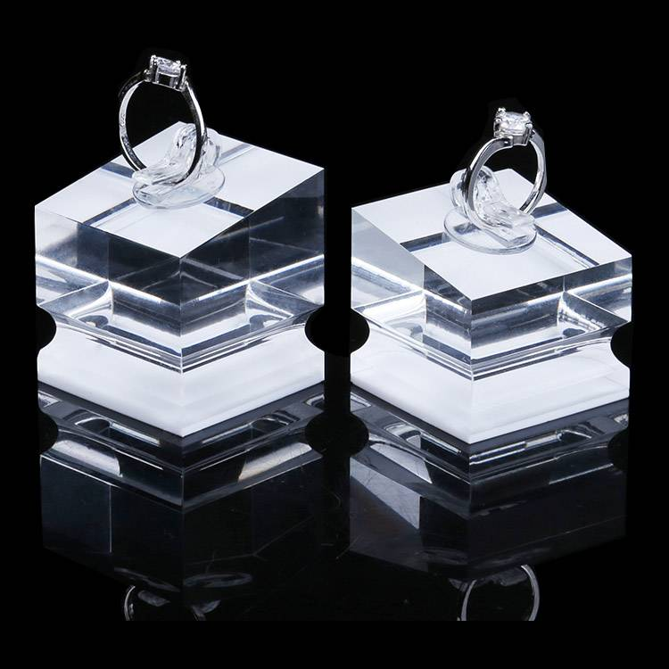 Ring Display Modern Acrylic Ring Holder Display Stand