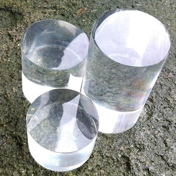 Solid Clear Acrylic Cylinder